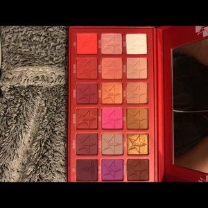 New Jeffree Star Cosmetics Blood Sugar palette